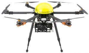 """Die Überwachungsdrohne """"MULTIROTOR G4 Surveying Robot """"ist mit einer handelsüblichen Digitalkamera ausgestattet. Für viele zivile Aufgaben ist das ausreichend. (#09)"""