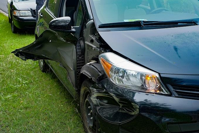 Doch gerade in fremden Ländern, ohne Ortskenntnisse, steigt auch das Risiko für einen Unfall oder Schaden am Auto. Zumal dieser natürlich auch unverschuldet erfolgen kann. (#02)