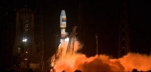 Als Flugkörper kaum zu erkennen – Hispasat bei Tests zur Feststellung der Raumflugtauglichkeit. (#3)
