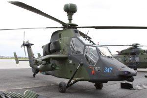 """Deutsche """"Tiger""""-Kampfhubschrauber kamen mittlerweile in Afghanistan zum Einsatz und werden demnächst auch die deutschen UNO-Truppen in Mali unterstützen. Hier eine Maschine auf der ILA 2010. (#2)"""