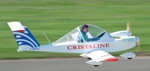 Hugues Duval startet auf dem Aero Salon 2011 mit seiner auf elektrischen Antrieb umgerüsteten Colomban Cri Cri. (#4)