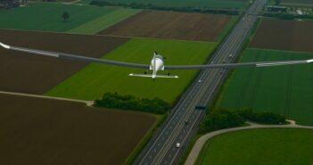 Elektra-2: Internet aus der Stratosphäre; Solargetriebene Relaisstation startet zum Erstflug