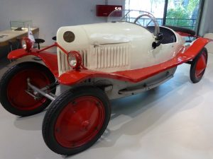 Hans Grade war auch als Automobilbauer erfolgreich. Hier ein Grade-Wagen 4/16 PS von 1922, der im Deutschen Technikmuseum Berlin ausgestellt ist. (#4)