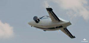 Der zweisitzige Entwicklungsträger kurz nach dem Start zum unbemannten Erstflug des Lilium-Jet