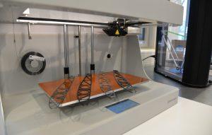 FSo sehen Flügelrippen aus, die gerade aus dem 3D-Drucker kommen. (#1)