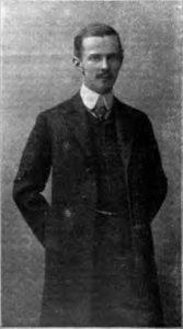 Der österreichisch-ungarische Pilot und Flugzeugkonstrukteur Igo Etrich im Jahre 1908. Aufnahme aus der Wiener Luftschiffer-Zeitung vom April 1908. (#8)