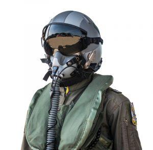 Jungen Pilotenanwärtern steht auch noch der Weg über die Bundeswehr offen.(#02)