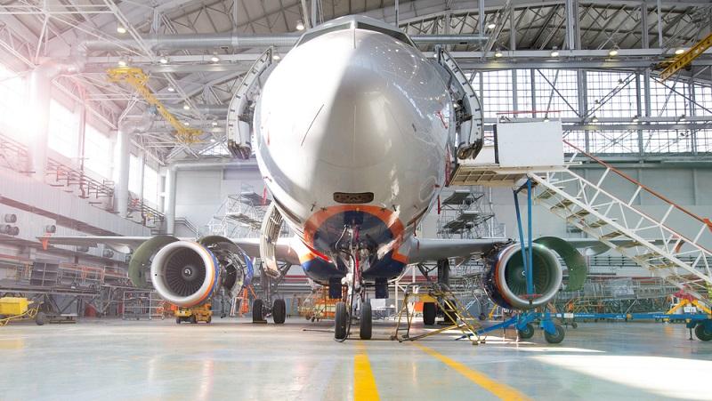 Durch seine besonders starken Triebwerke sorgt der Airbus A350-1000 dafür, dass Airbus hier deutlich beeindruckendere Antriebe verbauen muss. (#01)