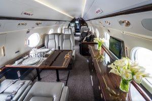Individuelle Arrangements an Bord gehören zum Grundservice von Privatefly. (#05)