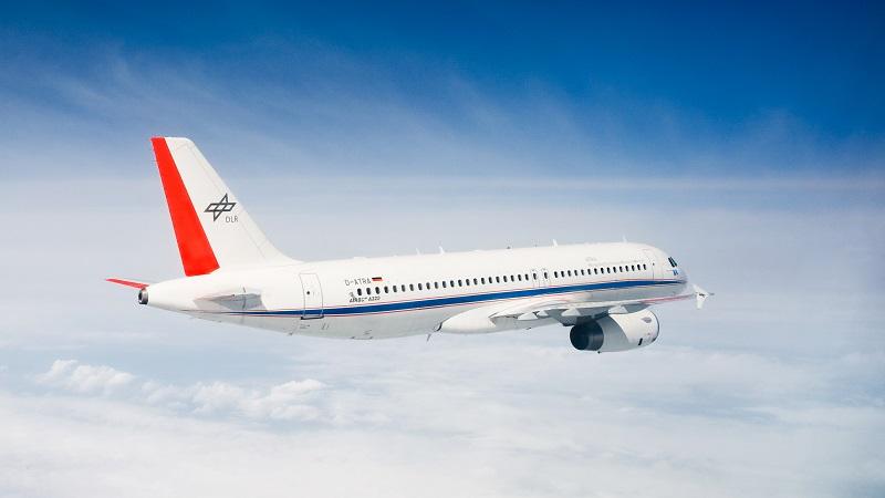 Der DLR-Airbus D-ATRA deckt ein breites Spektrum an Forschungsaufgaben ab. Normalerweise ist er in Braunschweig stationiert. (#05)