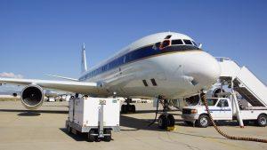 Die DC-8 der NASA, hier auf ihrem Heimatstützpunkt in Kalifornien, ist. (#07)