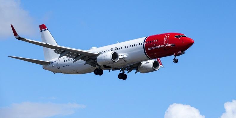 Die meisten Fluggesellschaften nutzen für ihre Langstreckenflüge große Drehkreuze. Sie bieten Verbindungen zwischen großen Städten an, die aufgrund ihrer enormen Bevölkerung viele potenzielle Fluggäste versprechen. (#01)