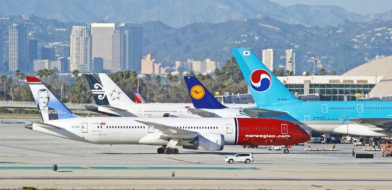 Viele Fluggäste haben insbesondere bei Billigfluggesellschaften Bedenken hinsichtlich der Sicherheit. (#03)