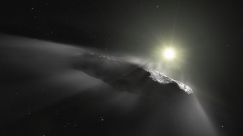 Das Sonnenlicht erwärmt 'Oumuamuas Oberfläche, sodass sich Wolken aus Staub und Gas lösen. (#1)