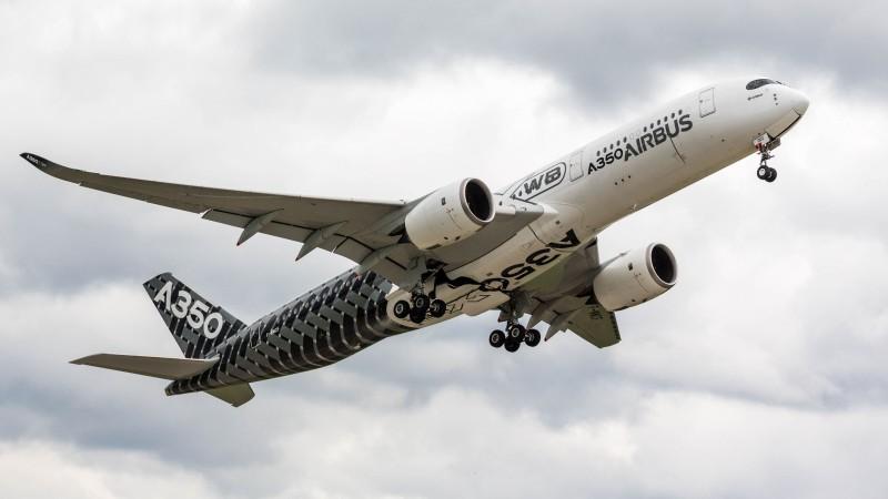 A350-900-Prototypen zu Gast auf der ILA 2018 in Berlin. (#1)