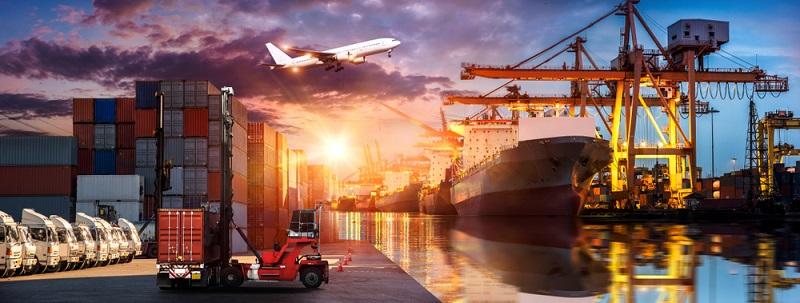 Die Liberalisierung des Welthandels ermöglicht durch den Wegfall von Handelshemmnissen wie Zöllen und Einfuhrbeschränkungen eine wesentlich einfachere Zusammenarbeit von Firmen verschiedener Länder.