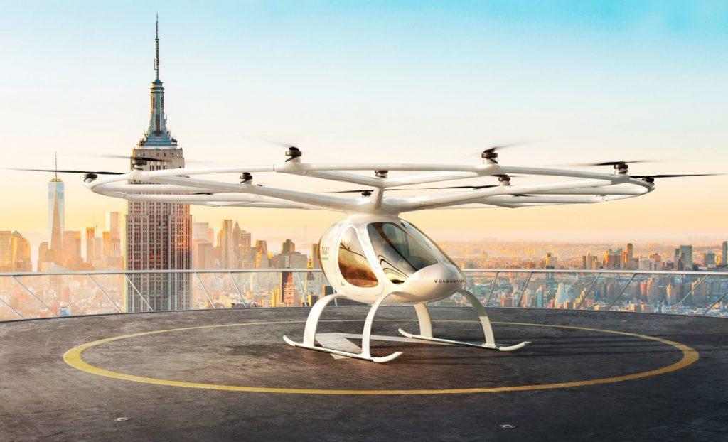 Ein Volocopter vor der New Yorker Skyline.  (#5)