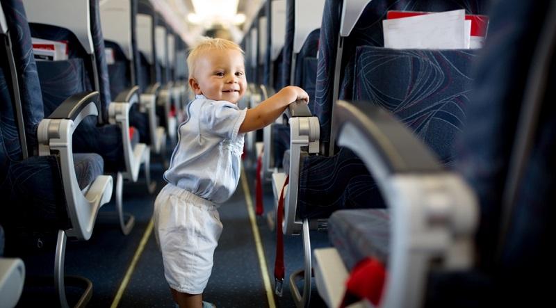 Fliegen mit einem Baby ist heute an der Tagesordnung und Eltern sind mit ihrem Baby nicht allein.