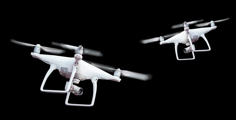 Bis heute nehmen die Entwicklungen und Testläufe kein Ende. Während das Flugzeug heute in erster Linie als Zivilfahrzeug eingesetzt wird, gibt es auch noch andere Ideen, die Flugkraft zu nutzen, wie für Drohnen.  ( Foto: Shutterstock-Parilov_)
